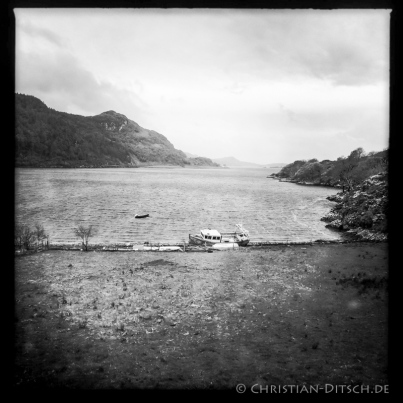 Der Loch Carron bei der Ortschaft North Strome in den North West Highlands. 20.5.2015