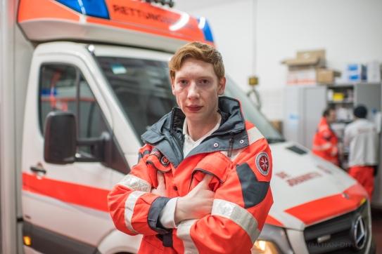 """Marcel M. 27 Jahre, Rettungssanitäter, bei den Johnnitern. """"Wir schaffen das."""""""
